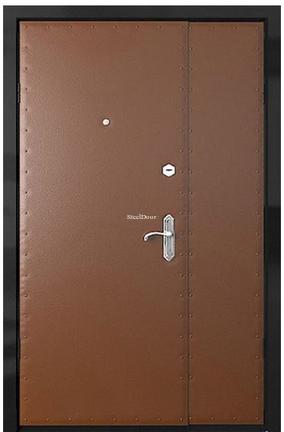 Квартирная металлическая распашная дверь SteelDoor СР-7